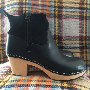 Swedish Hasbeens Cozy Platform Clog Boots 35 EURO